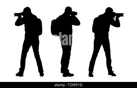 Établir des silhouettes d'homme avec sac à dos et appareil photo. Photographe isolé sur fond blanc - vector Banque D'Images