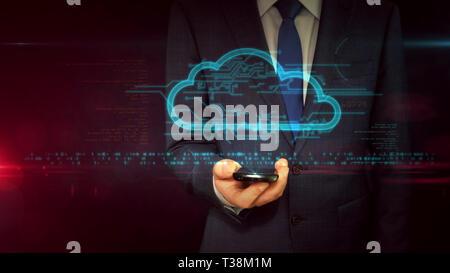 Homme d'affaires en fonction de l'utilisation de smartphone avec cloud hologramme. Cloud Computing et symbole de stockage de données concept abstrait. Technologie futuriste.