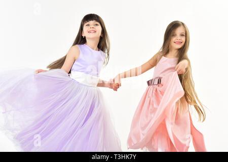 La mode pour enfants, famille, coiffure. Banque D'Images
