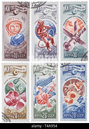 Urss - circa 1977: Collection de 6 timbres-poste imprimés dans l'URSS, montre différents engins spatiaux russes, vers 1977 Banque D'Images