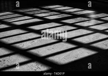 Diagonale abstrait ombres et de modèle que le noir et blanc Banque D'Images