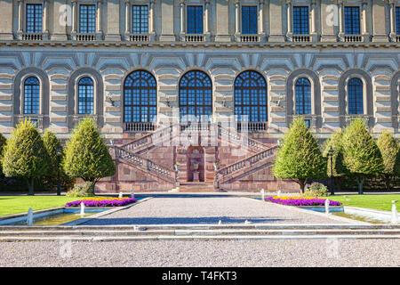 16 Septembre 2018: Stockholm, Suède - Détail de la Palais Royal et jardin. Banque D'Images