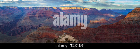 Coucher du soleil à Parc National de Grand Canyon, South Rim, Arizona, USA Banque D'Images