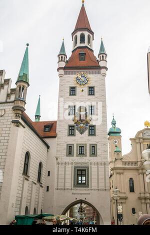 Old town hall, Marienplatz, Munich, Musée du Jouet Spielzeugmuseum, choses à faire munchen, Bavière, Allemagne attire les touristes Banque D'Images