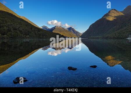 Lake Gunn, Fiordland, Nouvelle-Zélande Banque D'Images