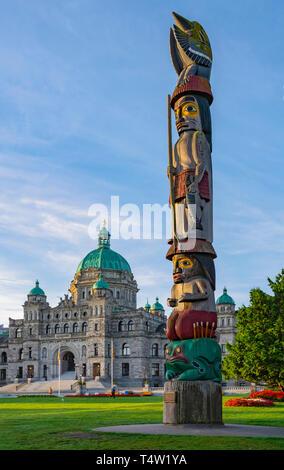 Canada, Victoria, British Columbia Parliament Buildings,Totem