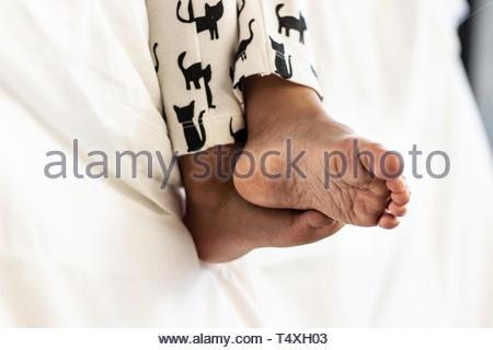 Deux pieds de bébé Banque D'Images