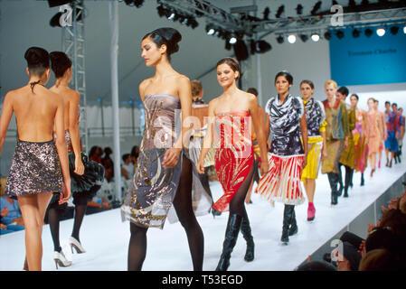 Floride, FL, Sud, Miami Beach, SoBe, Fashion week modèles ethniques piste nouveaux designers latino-américains, visites touristiques Voyage tour
