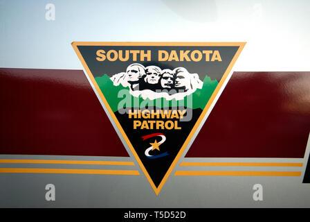 Le Dakota du Sud Highway Patrol signe sur la voiture de police, le Dakota du Sud, USA Banque D'Images