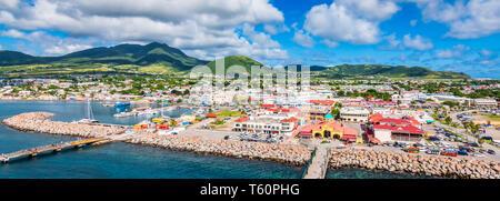 Saint Kitts-et-Nevis, des Caraïbes. Vue panoramique de Port Zante, Basseterre.