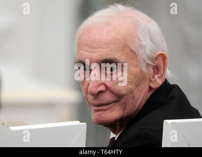 Moscou, Russie. Apr 29, 2019. Moscou, Russie - le 29 avril 2019: l'Acteur Vassili Lanovoi, attribué un héros du travail de la Fédération de Russie médaille, lors d'une cérémonie au Kremlin de Moscou. Vyacheslav Prokofyev/crédit: TASS ITAR-TASS News Agency/Alamy Live News Banque D'Images