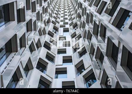 D'extérieur de bâtiment moderne en noir et blanc Banque D'Images
