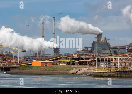 Dans l'usine d'acier, les Pays-Bas IJmuiden port Banque D'Images