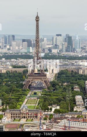Avec vue sur Paris Tour Eiffel de bâtiment Montparnasse Banque D'Images