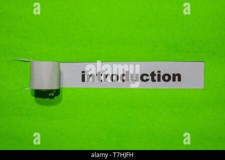 Introduction, d'inspiration et de concept d'affaires sur papier déchiré vert Banque D'Images