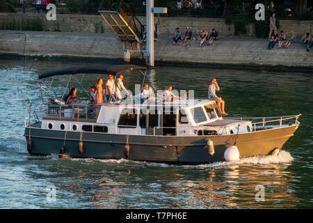 France, Paris, les bords de Seine classés UNESCO, secteur nautisme Banque D'Images