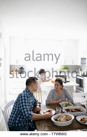 Table à manger familiale Banque D'Images