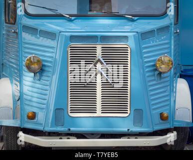 Calandre avant et d'un insigne sur vintage Citroen van