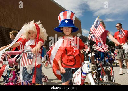 Les enfants déguisés pour le défilé du 4 juillet prises à Philadelphie en Pennsylvanie, Banque D'Images