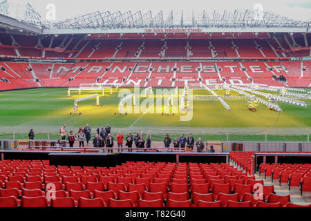 Old Trafford, Manchester, UK - 20 janvier 2019: le stade de football de Manchester United, Alex Ferguson, le stand et montre un groupe de fans havi