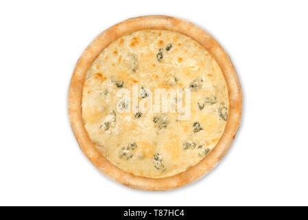 Délicieuse pizza quatre fromages avec cheddar, Parmesan, mozzarella et sauce tomate. Isolated on white Banque D'Images