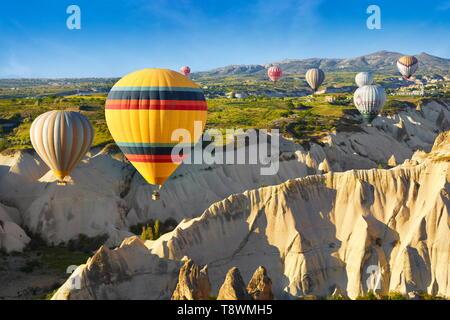 La Cappadoce - Turquie, vue depuis le ballon autour de Nevsehir, volant au-dessus de la Cappadoce en montgolfière, l'UNESCO Banque D'Images