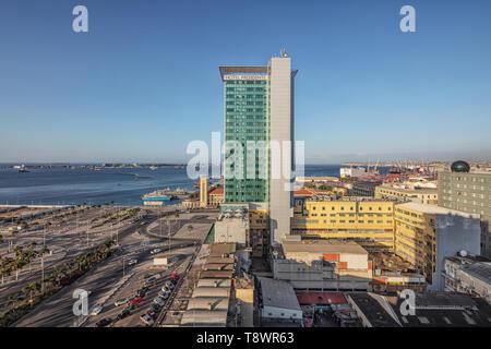 LUANDA/Angola - 10FEB2019 - Vue sur le centre-ville de Luanda à l'hôtel Presidente. Luanda. L'Angola. Banque D'Images