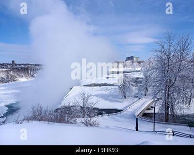 Niagara Falls en hiver Banque D'Images