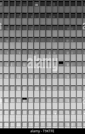 Un noir et blanc fine art photographie de l'architecture moderne a trouvé dans la ville danoise de Copenhague. Banque D'Images