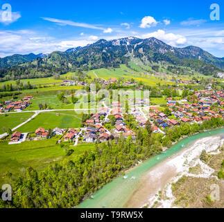 Brauneck antenne fleuve Isar Lenggriess Wegscheid. Alpes bavaroises. Ski Resort. Mai 2019 Banque D'Images