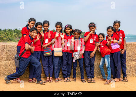 Vue horizontale d'un groupe d'enfants de l'école en Inde.