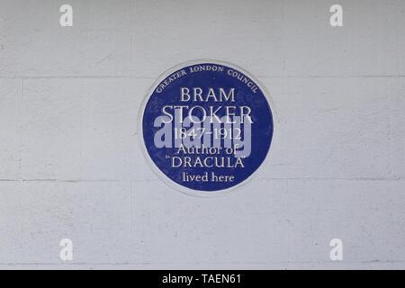 Bram Stoker, auteur de Dracula vivait ici, Greater London Council blue plaque