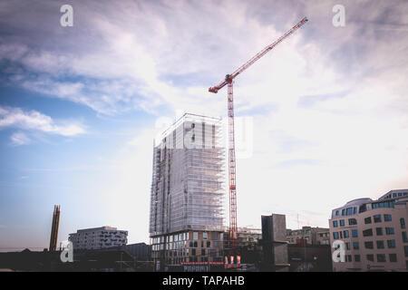 Bâle, Suisse - 25 décembre 2017: bâtiment en construction dans le centre-ville par une journée d'hiver Banque D'Images