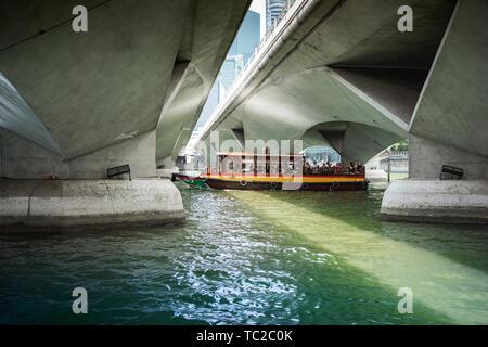 En Bumboat Singapour Marina Bay Banque D'Images