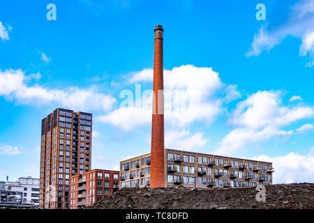 Strijp moderne-S salon avec cheminée ancienne usine Philips à Eindhoven, aux Pays-Bas, en Europe.