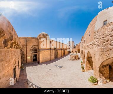 Vue panoramique haute résolution d'Ulu (Grand) Mosquée,un monument populaire à Mardin, en Turquie. 17 juin 2018. Banque D'Images