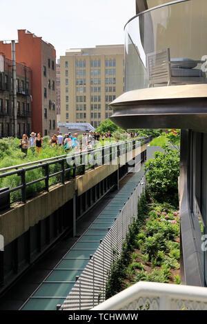La 520 West 28th Street Building, un immeuble d'appartements de luxe conçu par Zaha Hadid à côté du parc High Line à Manhattan.New York City.USA