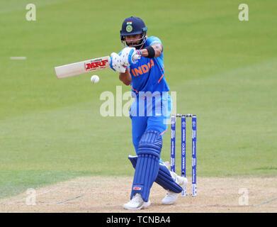 Londres, Royaume-Uni. 09Th Juin, 2019. Virat Kohli au bâton de l'Inde au cours de l'ICC Cricket World Cup match entre l'Inde et l'Australie, à l'Ovale de Kia, Londres. Credit: Cal Sport Media/Alamy Live News Banque D'Images