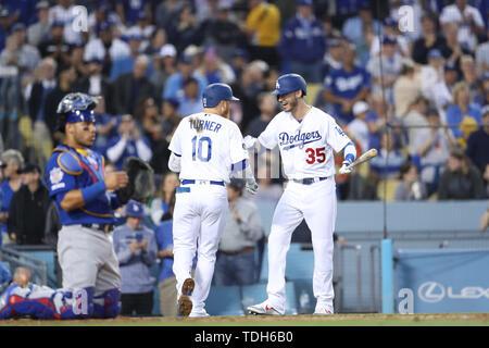 Los Angeles, CA, USA. 14 Juin, 2019. Pendant le jeu entre les Cubs de Chicago et les Dodgers de Los Angeles au Dodger Stadium à Los Angeles, CA. (Photo de Peter Renner and Co) Credit: csm/Alamy Live News Banque D'Images