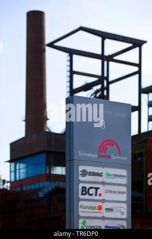 Usine industrielle un centre technologique de l'Ouest Phoenix Dortmund, Allemagne, Rhénanie du Nord-Westphalie, Ruhr, Dortmund Banque D'Images