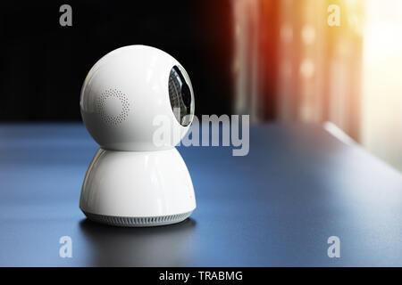 Caméra de sécurité CCTV sans fil opérant dans la maison