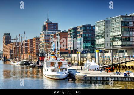 Harbour dans la Sandtorhafen Hafencity à Hambourg, Allemagne, Hambourg Banque D'Images