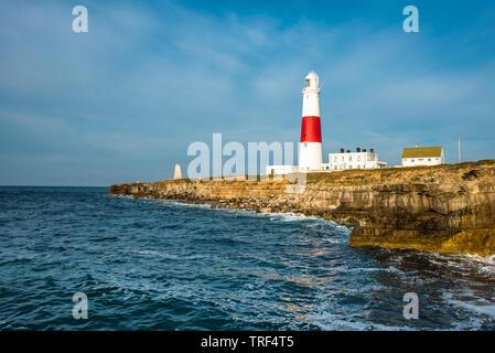Le phare de Portland Bill sur l'Île de Portland près de Weymouth Dorset sur la côte jurassique. L'Angleterre. UK.