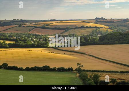 Le Cerne Abbas un soir d'été, Dorset, England, UK Banque D'Images