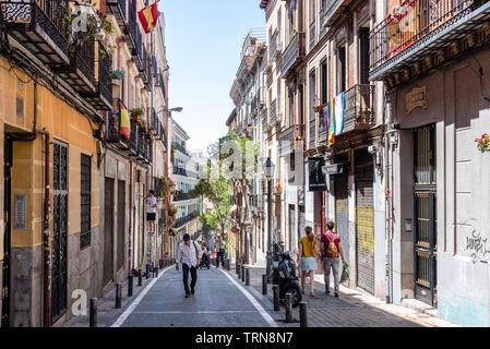 Madrid, Espagne - juin 9, 2019: paysage urbain de quartier Malasana à Madrid. Malasana est l'un des quartiers les plus branchés de la ville