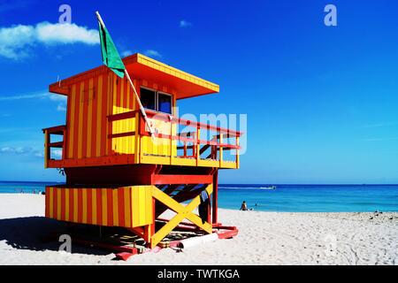Poste de premiers secours sur South Beach à Miami Beach, Floride, USA Banque D'Images