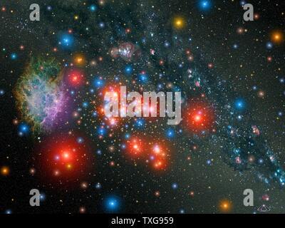 Massive Star cluster au sein de notre Galaxie avec de rares 14 étoiles géantes rouges alternent avec les jeunes blue stars la grappe contient peut-être 20 000 stars Crédit NASA