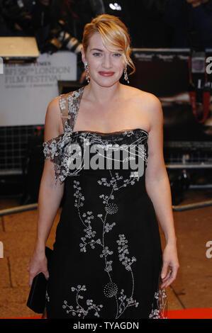 L'actrice britannique Kate Winslet assiste à la Times BFI London Film Festival: 'petits enfants' à l'Odeon West End, Leicester Square à Londres le 25 octobre 2006. (Photo d'UPI/Rune Hellestad) Banque D'Images