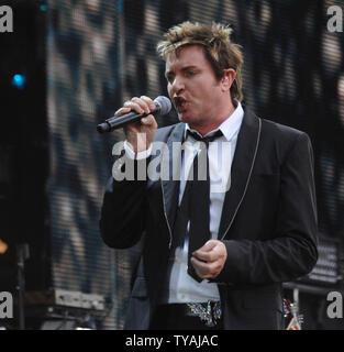 La chanteuse britannique Simon LeBon réalise avec Duran Duran à 'Le concert pour Diana' au stade de Wembley à Londres le 1 juillet 2007. (Photo d'UPI/Rune Hellestad) Banque D'Images