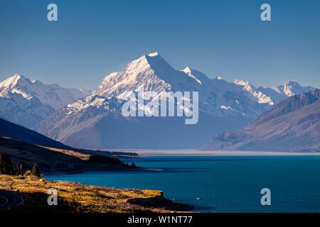 Le lac Pukaki et Mt Cook (Aoraki), Parc National du Mont Cook, île du Sud, Nouvelle-Zélande